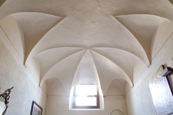 Monastero Lambrugo II - ARCHITETTURA ed INTORNI
