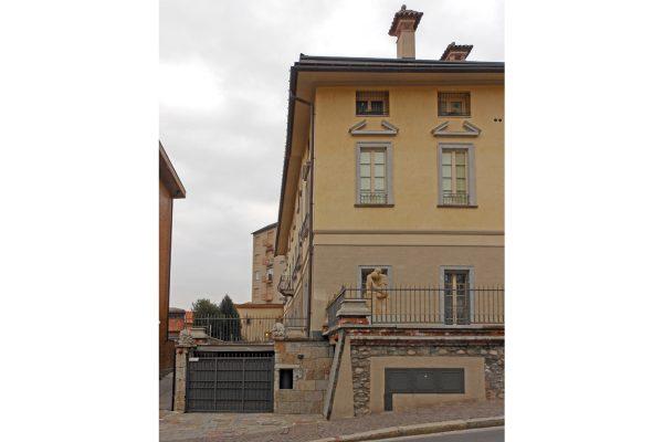 Villa Oldradi - ARCHITETTURA ed INTORNI